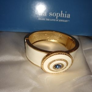 Lia Sophia Jewelry - Beautiful Lia Sophia Bracelet White with Gold Trim